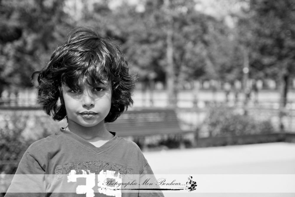 jardin des Tuileries, lumière naturelle, portrait d'enfant, séance lifestyle, séance photo | Modifier