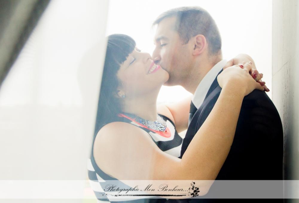 deux amoureux, paris, photographe trocadéro, portrait de couple, séance photo de couple à la Tour Eiffel, Trocadéro, une séance couple