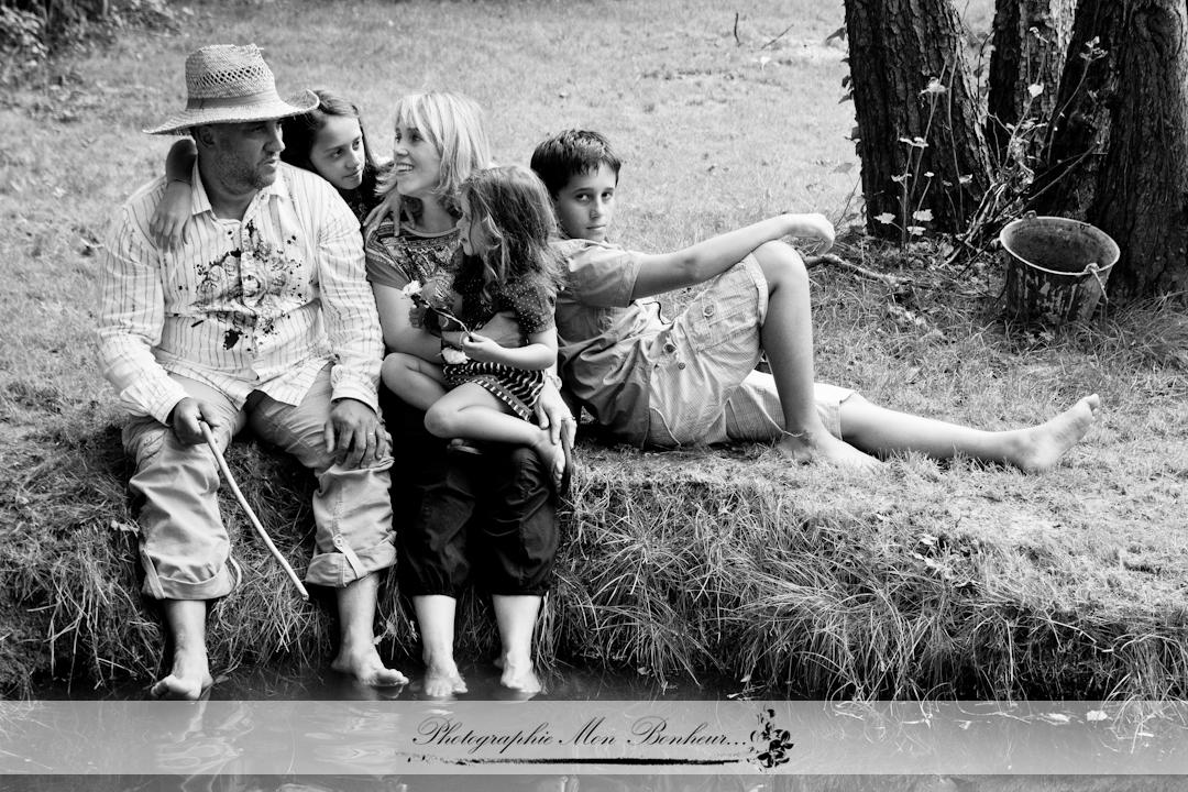 portrait de famille photographe paris s ance photo famille en ext rieur. Black Bedroom Furniture Sets. Home Design Ideas