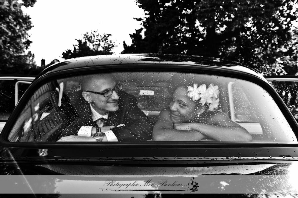 Amy Hmphrey, cérémonie religieuse, Château de la Chesnaie, décoration de la salle Amy Hmphrey, domaine château de la chesnaie, jeunes mariés, mariage, mise en beauté D&Z Agency, photographe, photographe à paris 12ème, photographe Eaubonne, photographe femme en région parisienne, photographe mariage, rétro, traiteur arc en ciel, vintage, wedding planner weedzy
