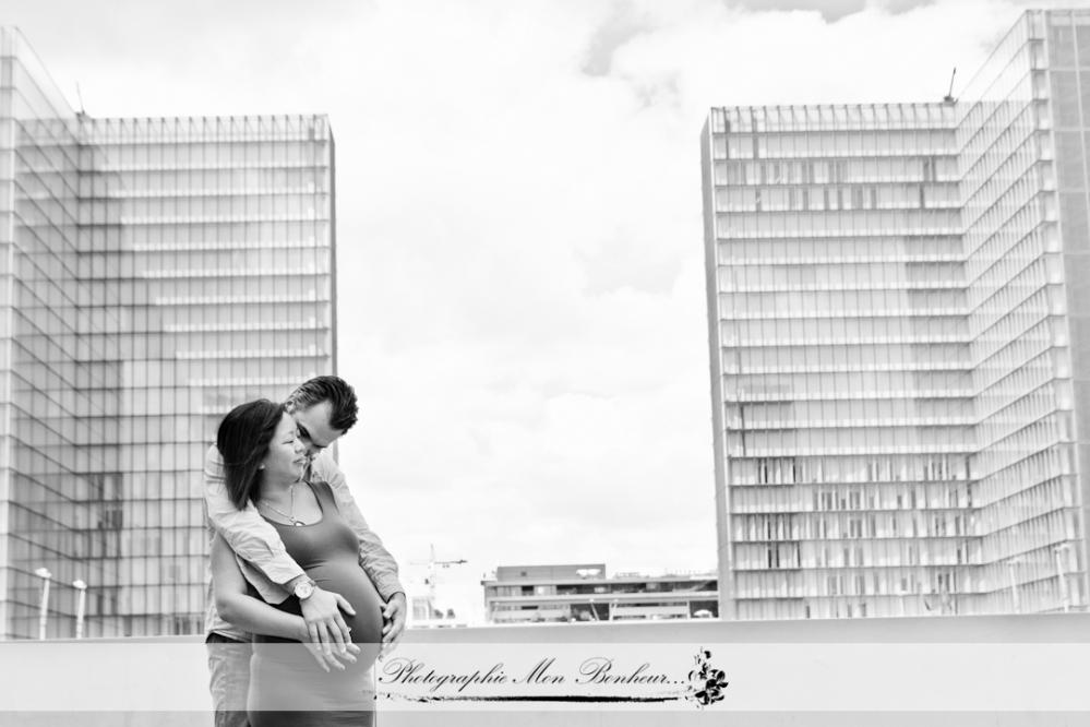bon cadeau, grossesse, offrir une séance photo, photographe de maternité, photographe de maternité paris, photographique pré et post natal pour les futures et jeunes mamans, séance photo, séance photo à domicile, Séance photo femme enceinte, studio en lumière du jour