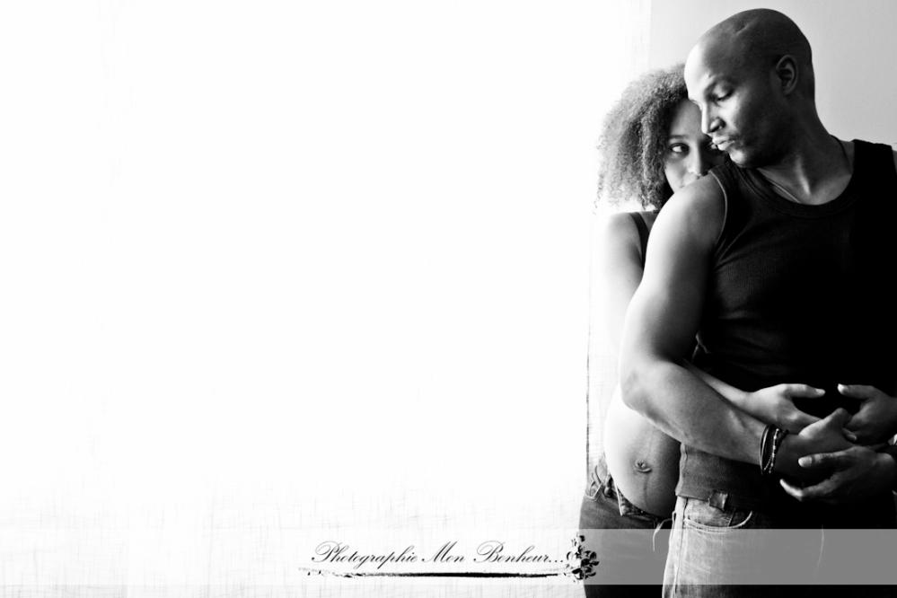bidon, cocoon, grossesseetnaissance, jeunes parents, lumière naturelle, maman, petit bout, Photo de couple, photo de grossesse, photo de maternité, photographe, photographe de bébé et nouveau-né, photographe de maternité paris, photographe femme enceinte, Photographe grossesse paris, photographe maternité daumesnil, photographe porte dorée, photographe vincennes, photographies de grossesse, photographique pré et post natal pour les futures et jeunes mamans, photos naissance, séance photo à domicile, séance photo bébé